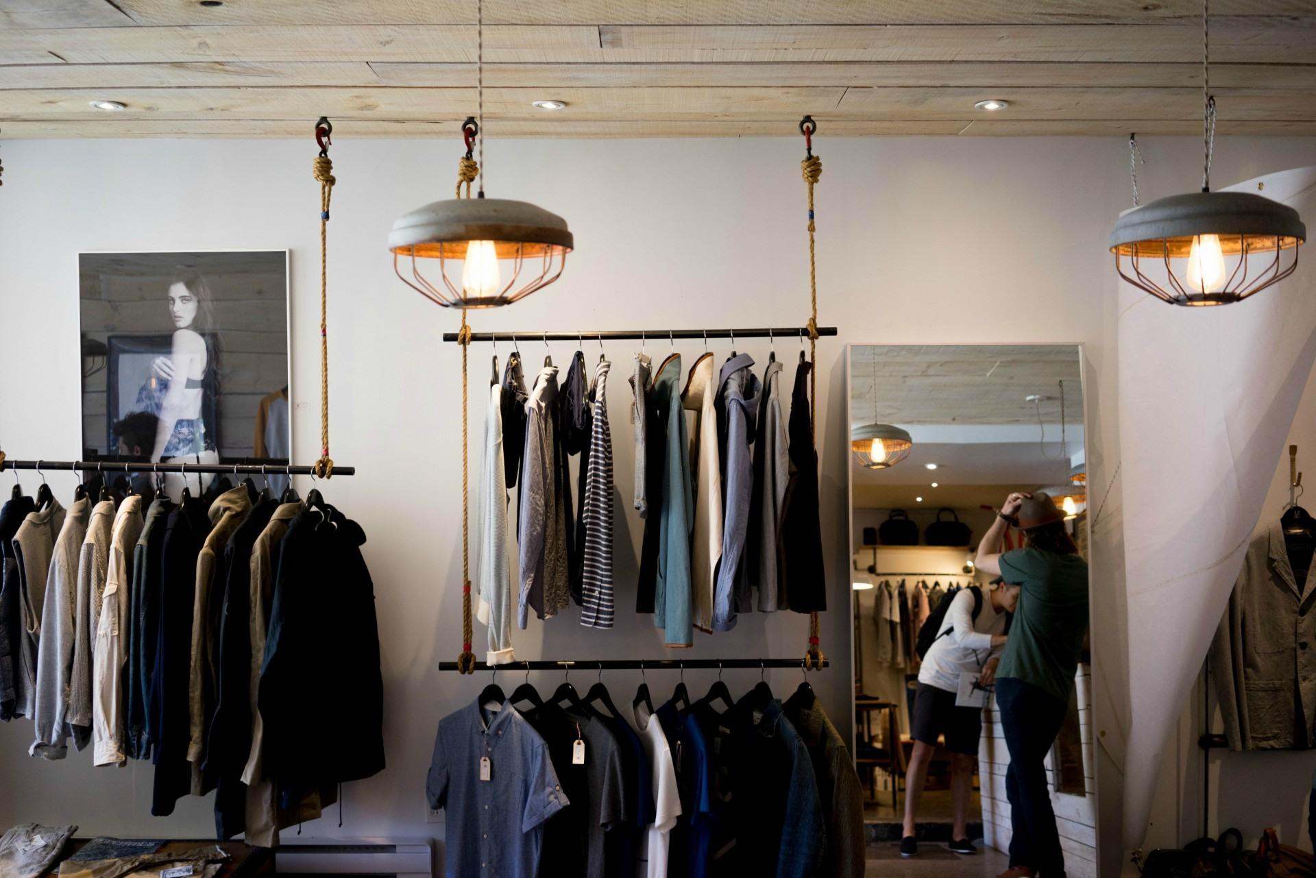 4 proste kroki do zapewnienia klientom lepszych doświadczeń zakupowych