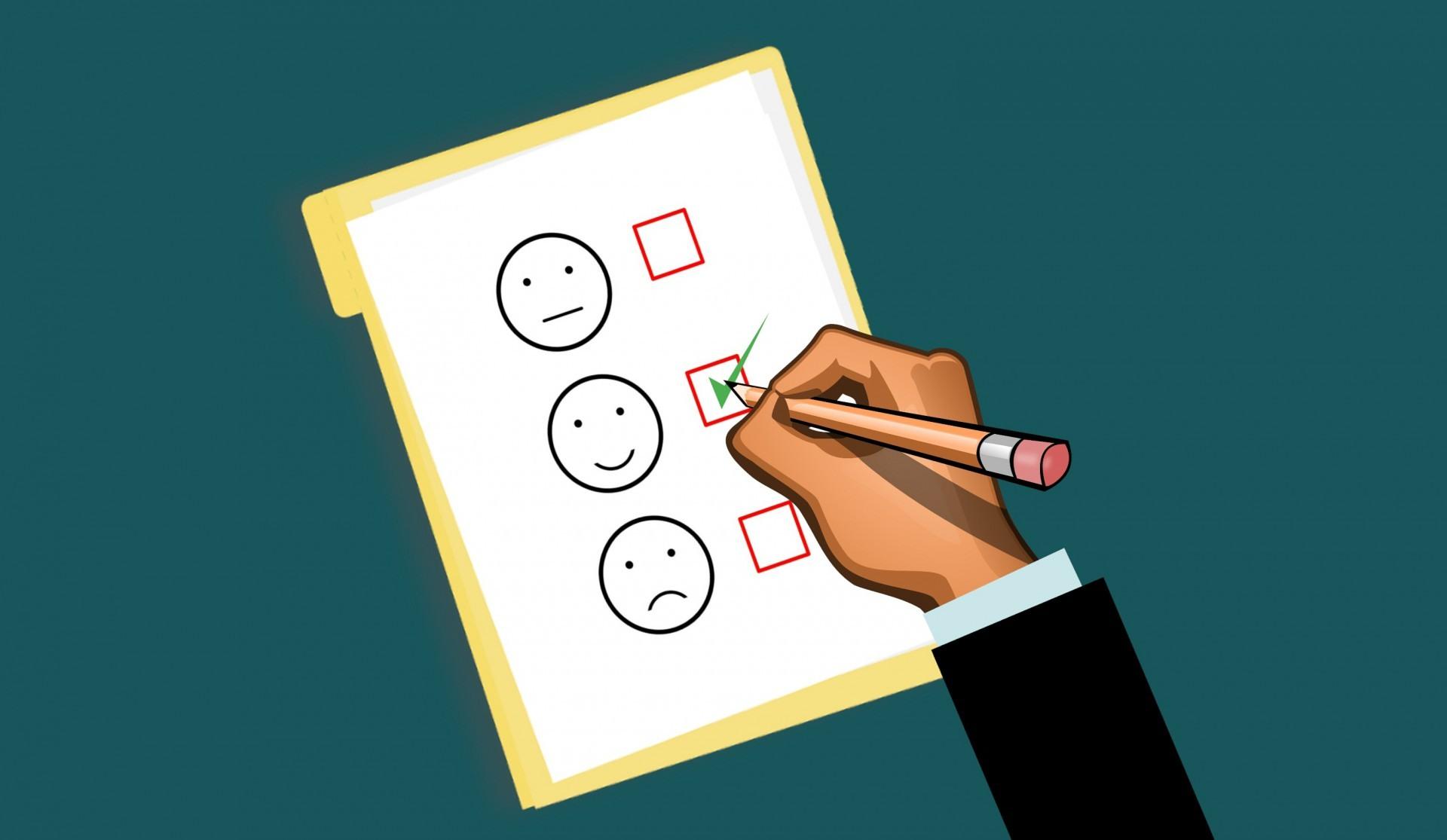 5 powodów, dla których warto zachęcić klientów do wyrażenia opinii w usługach publicznych